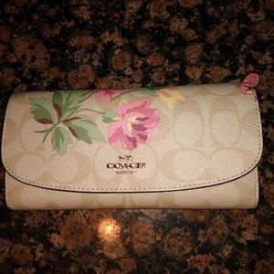 Coach woman's wallet